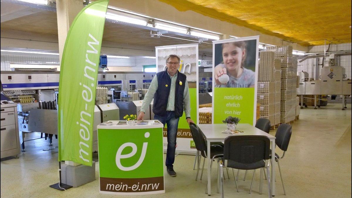 Foto: mein-ei.nrw Präsentation auf dem Tag der offenen Tür bei Landwirt Baumeister (c) landwirt-baumeister.de