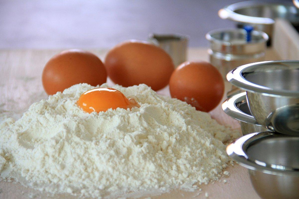 Foto: Mehl und Eier